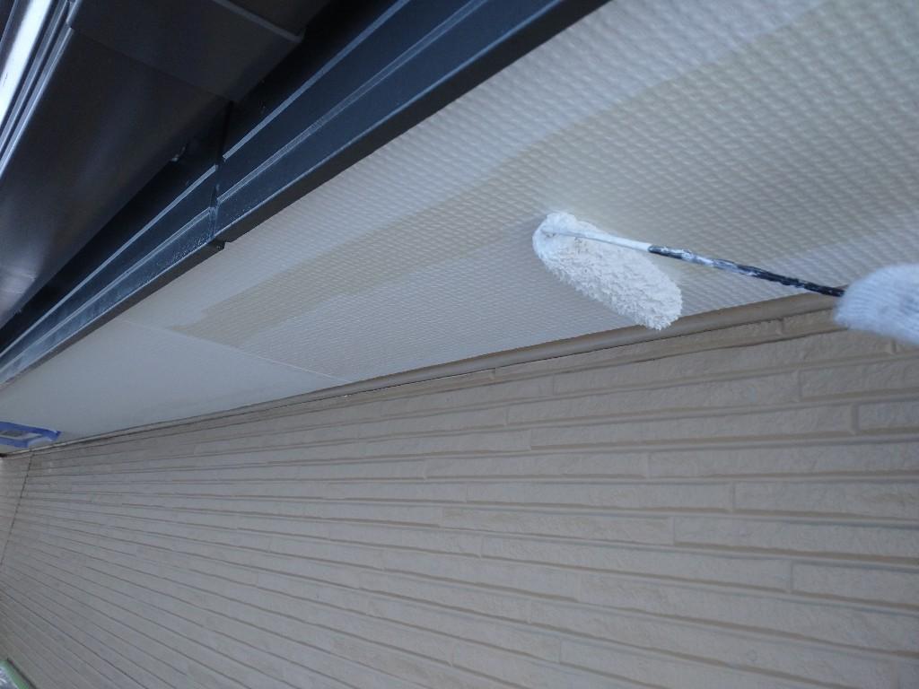 画像:施行中 軒天井の中塗り